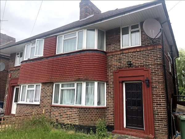 Cheyneys Avenue, Edgware,  HA8 6SF